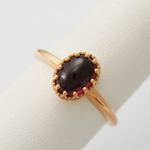 Rose Gold ring with Rhodolite Garnet - Morgan's Treasure - Custom Jewelry