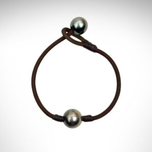 Vincent Peach double tahitian pearl bracelet on leather