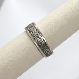 Studio 311 mens wedding band carved in the design of starry night painting by vincent vangough in 14K white gold