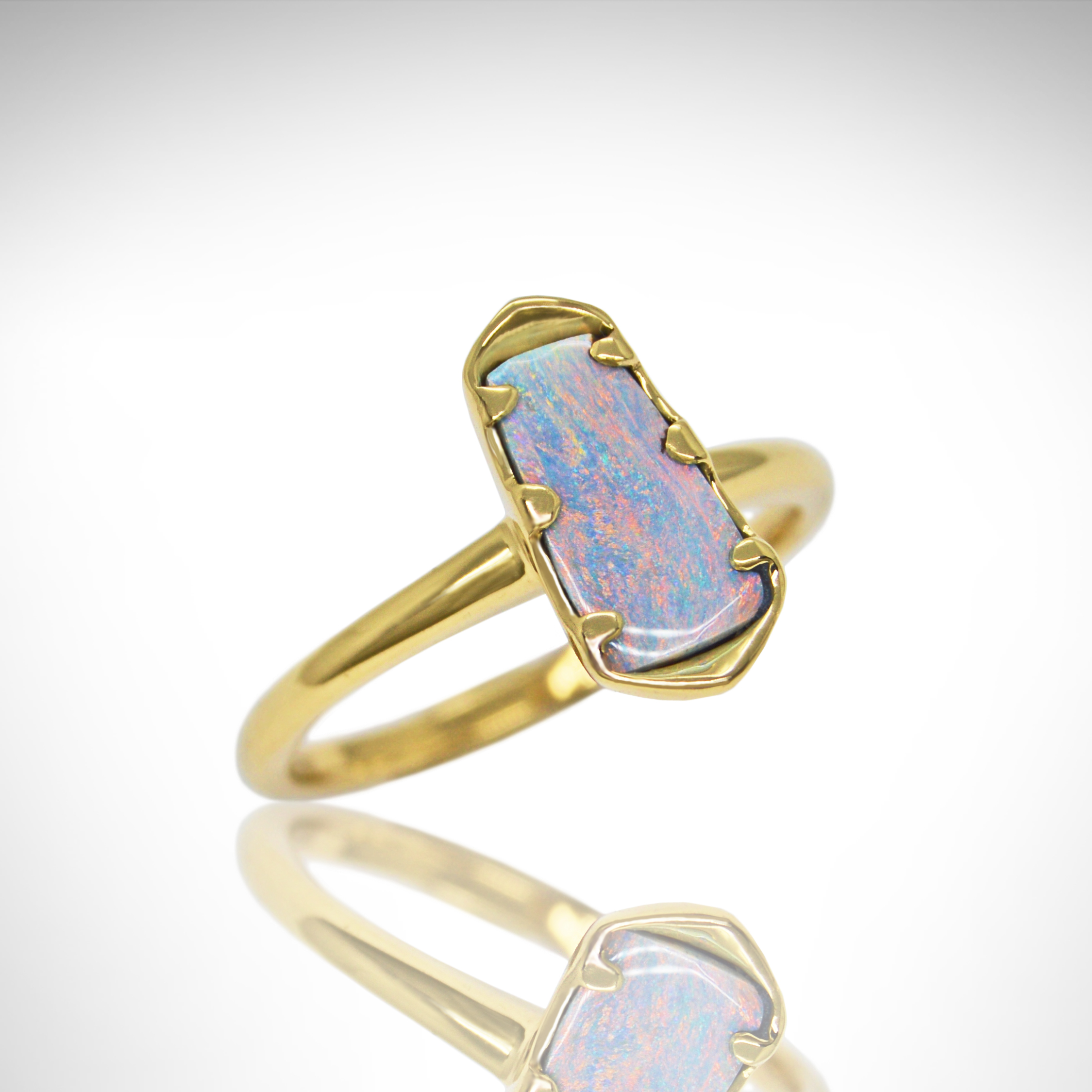 Ring_Opal_Yellow Gold_Simple